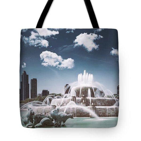 Buckingham Fountain Tote Bag by Scott Norris