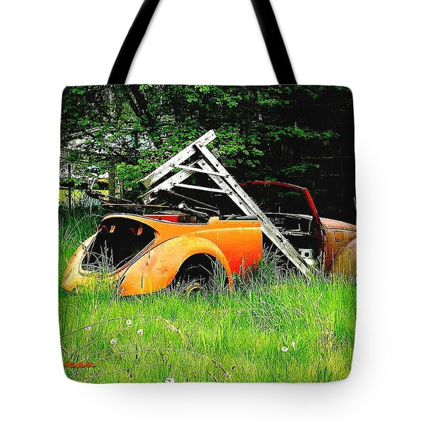 Tote Bag featuring the photograph Bugsy by Sadie Reneau