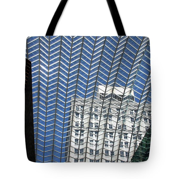 Tote Bag featuring the photograph Buildings In Philadelphia by Emanuel Tanjala