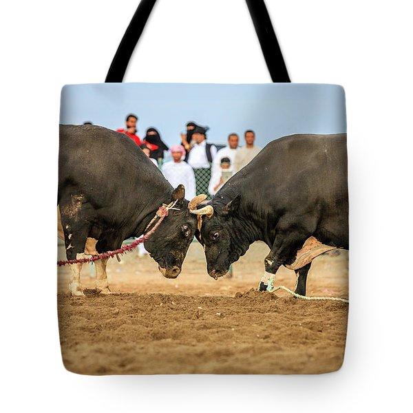 Bull Fighting In Fujairah Tote Bag