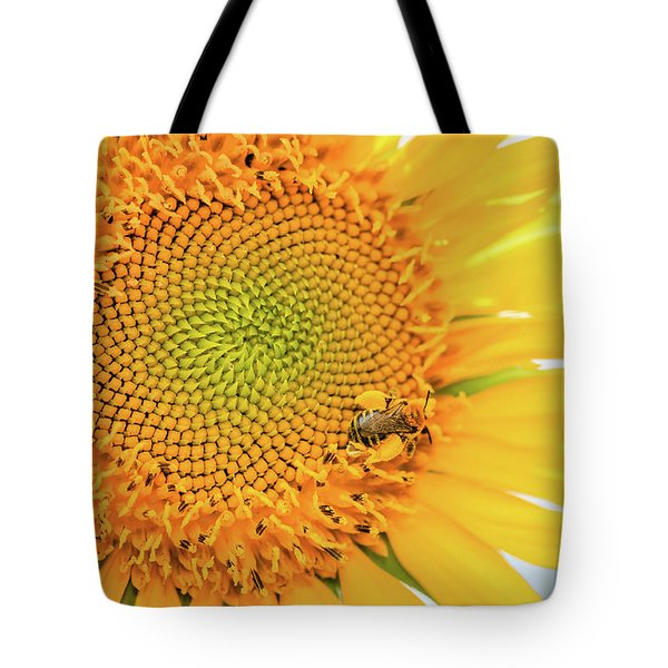 Bumble Bee With Pollen Sacs Tote Bag