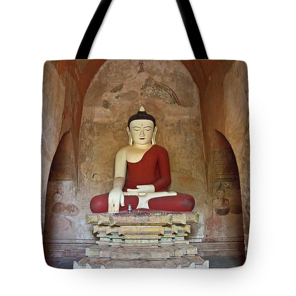 Tote Bag featuring the photograph Burma_d2078 by Craig Lovell
