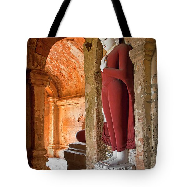Tote Bag featuring the photograph Burma_d2280 by Craig Lovell