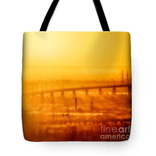 Tote Bag featuring the photograph Burning Sunset Through Smog by Ray Warren