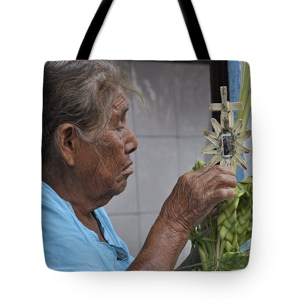 Busy Hands Tote Bag by Jim Walls PhotoArtist