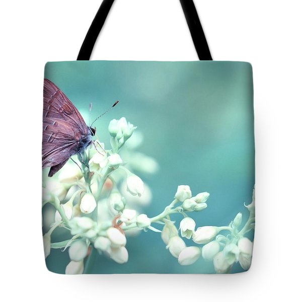 Tote Bag featuring the photograph Buterfly Dreamin' by Mark Fuller
