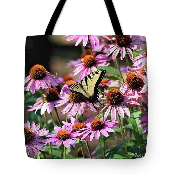 Butterfly On Coneflowers Tote Bag