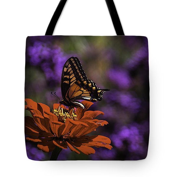 Butterfy On Spring Flower Tote Bag