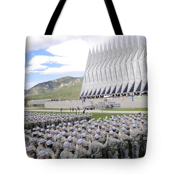 Cadets Recite The Oath Of Allegiance Tote Bag by Stocktrek Images