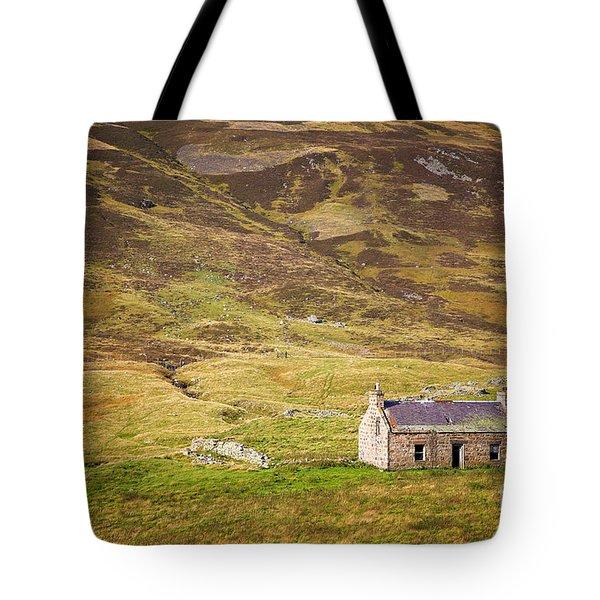 Cairngorms Cottage Tote Bag