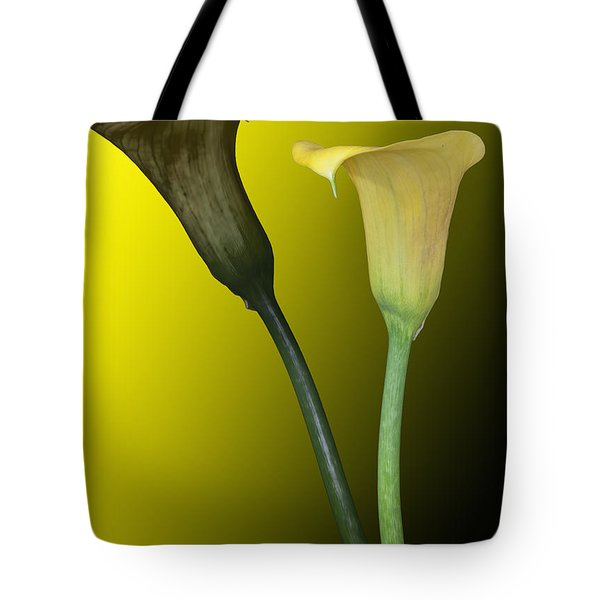 Tote Bag featuring the photograph Cala Lilies Opposites by Shirley Mangini