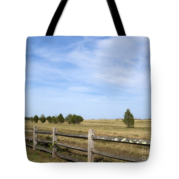 Calf Pasturepoint Tote Bag