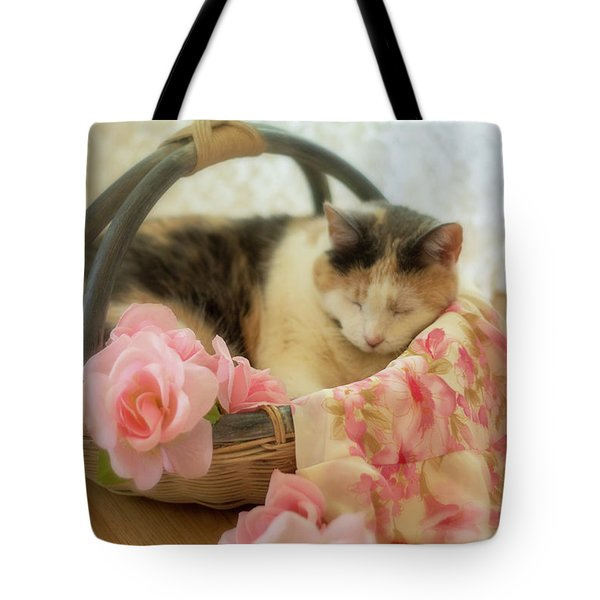 Calico Kitty In A Basket With Pink Roses Tote Bag