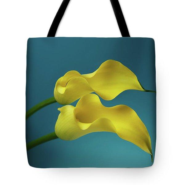 Calla Lilyies Tote Bag