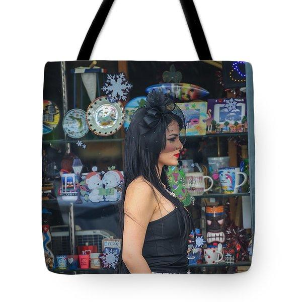 Calle Ocho Model Tote Bag