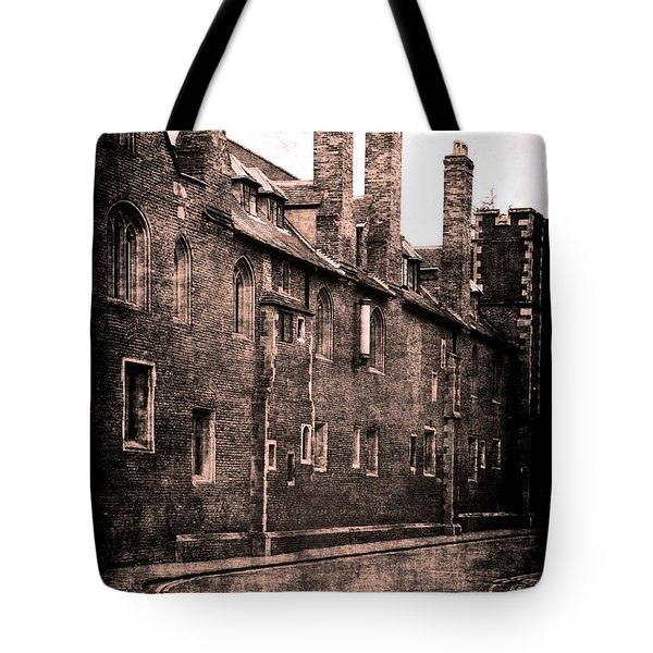 Tote Bag featuring the photograph Cambridge, England by Jennifer Wright