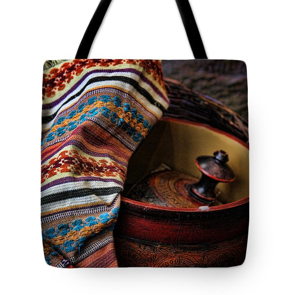 Camelback 8851 Tote Bag by Sylvia Thornton