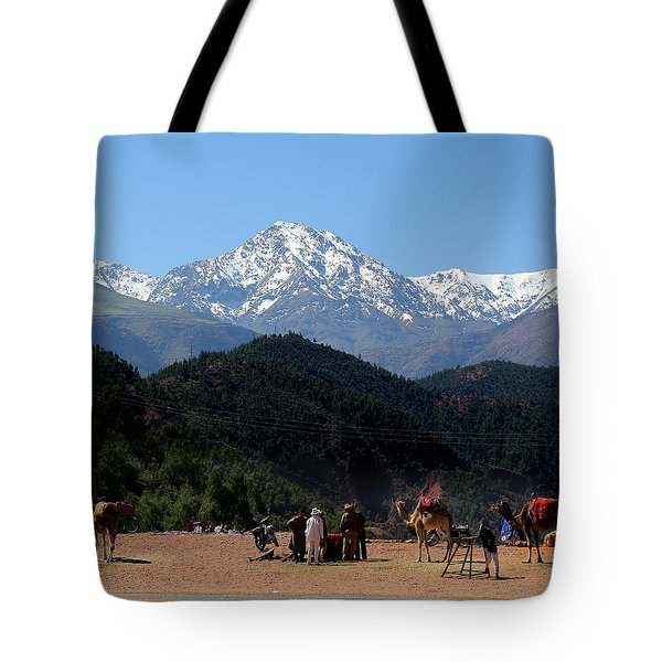 Tote Bag featuring the photograph Camels 1 by Andrew Fare