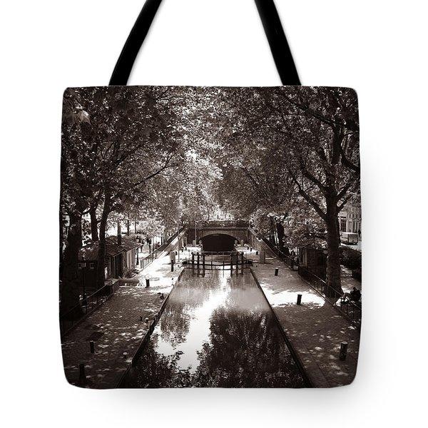 Canal Saint Martin 2 Tote Bag