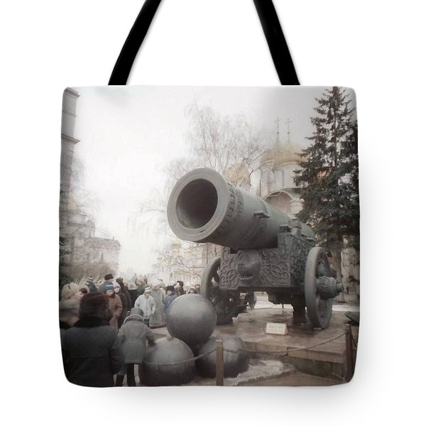 cannon in Moscow Tote Bag by Ted Pollard
