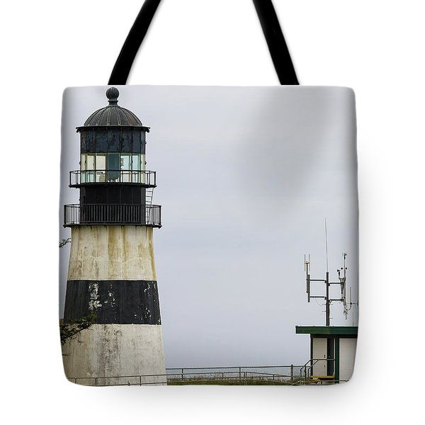 Cape Disappointment Lighthouse Closeup Tote Bag by David Gn