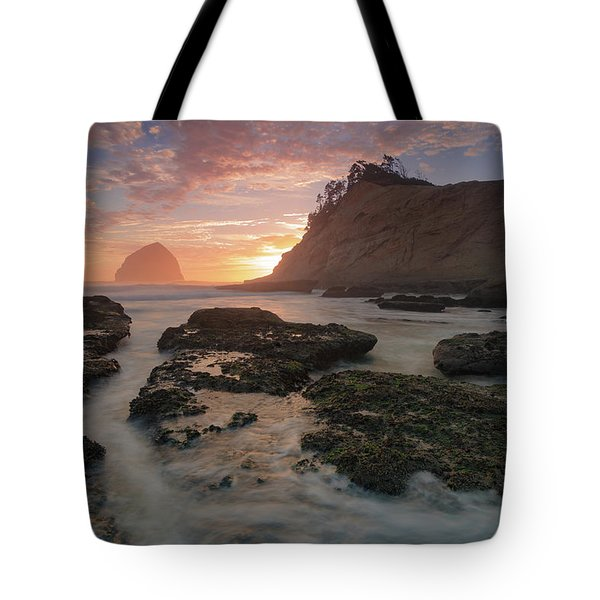 Cape Kiwanda At Sunset Tote Bag