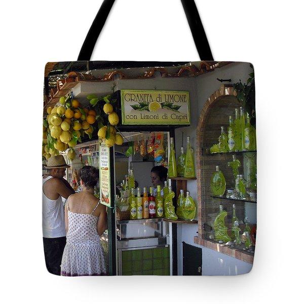 Capri Street Scene Con Limoni Tote Bag