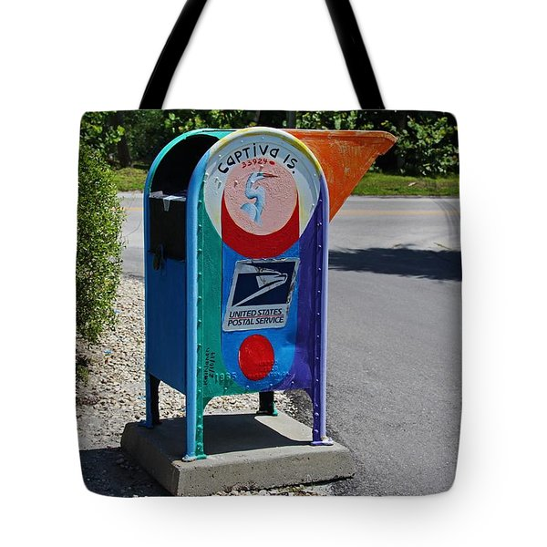 Tote Bag featuring the photograph Captiva Island Mailbox- Horizontal by Michiale Schneider