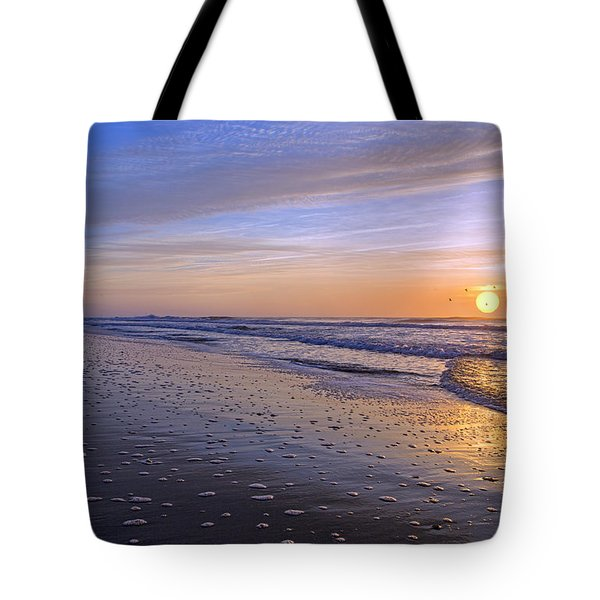 Capturing My Heart Tote Bag