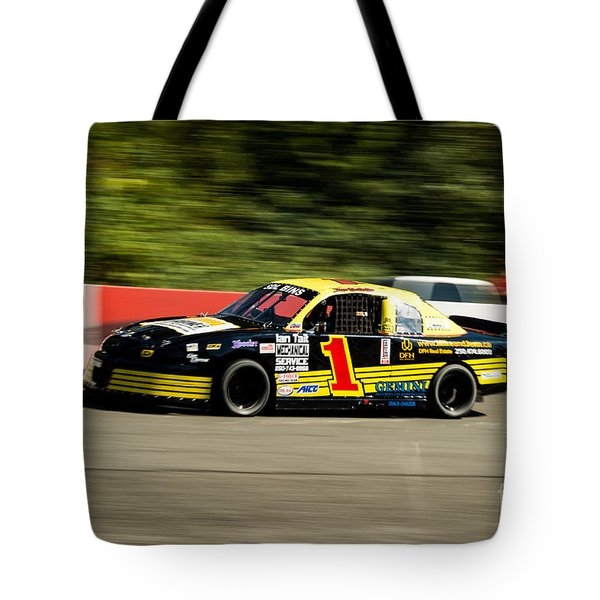 Car 1 On The Strech Tote Bag