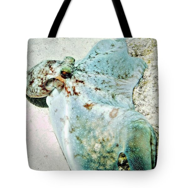 Caribbean Reef Octopus - Eyes Of The Deep Tote Bag