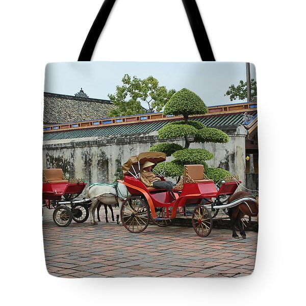Carriage Rides Tote Bag