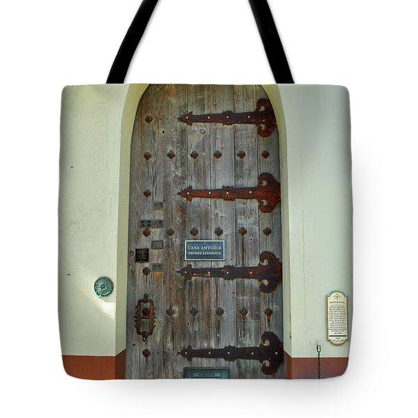Tote Bag featuring the photograph Casa Hemingway by Jost Houk