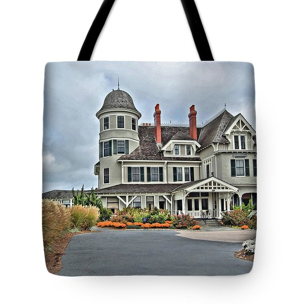 Castle Hill Inn Tote Bag