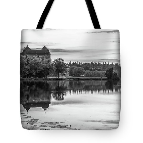 Castle In Black And White Tote Bag by Teemu Tretjakov