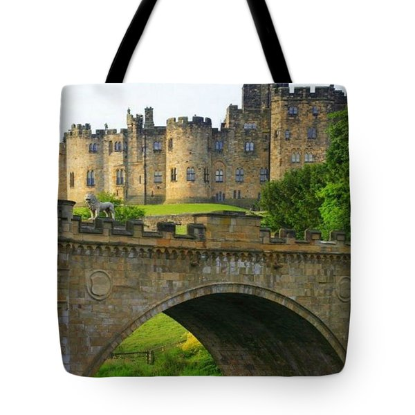Castles Of The Uk Tote Bag