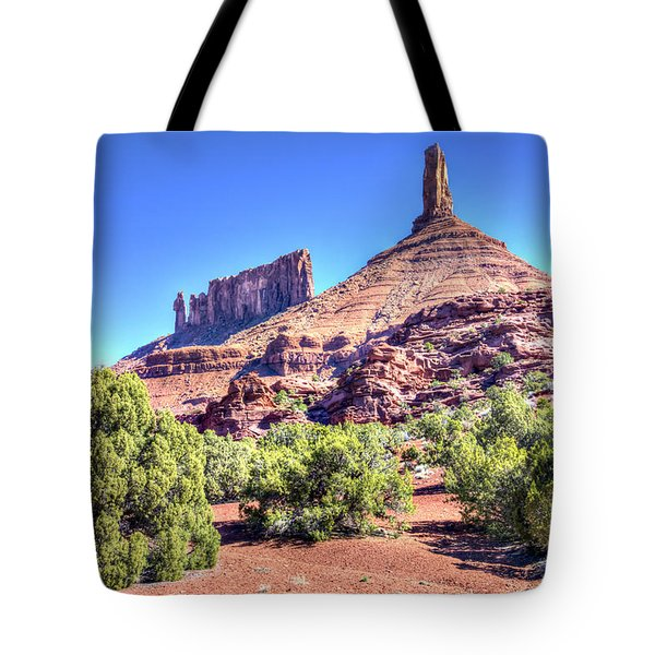 Tote Bag featuring the photograph Castleton Tower by Alan Toepfer