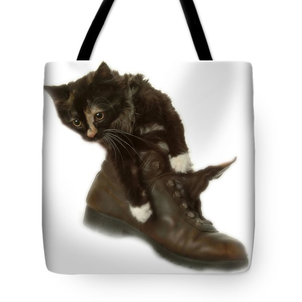 Cat In Boot Tote Bag