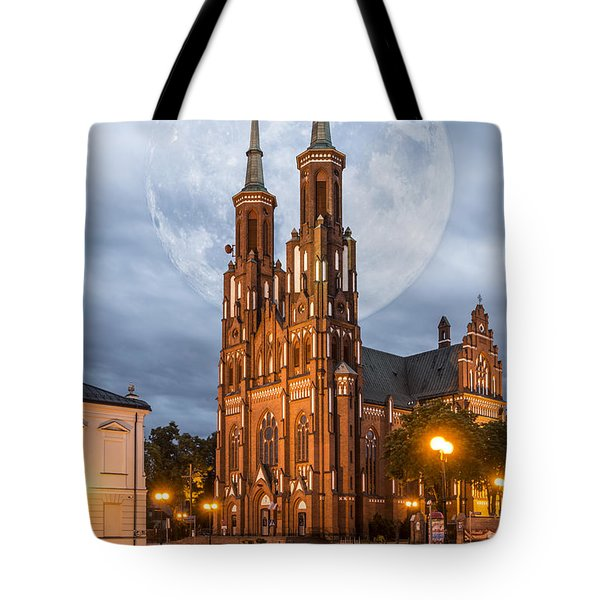 Cathedral Tote Bag by Jaroslaw Grudzinski