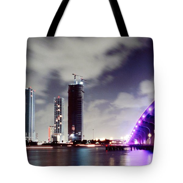 Causeway Bridge Skyline Tote Bag