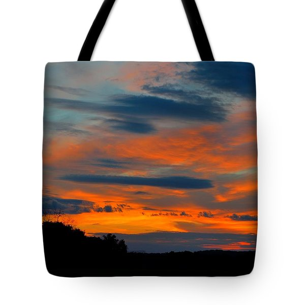Tote Bag featuring the photograph Central Jersey Sunset by Steven Richman