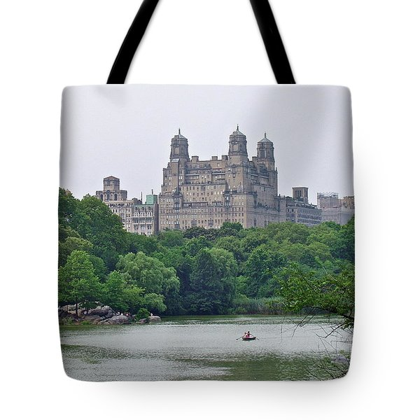 Tote Bag featuring the photograph Central Park by Carol  Bradley