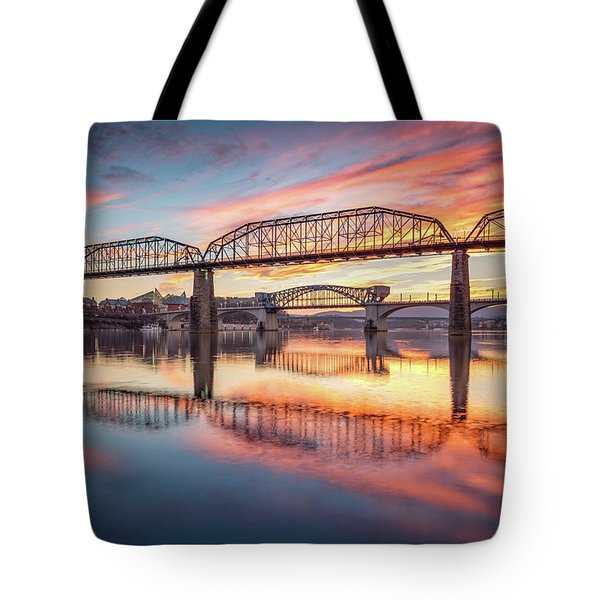 Chattanooga Sunset 5 Tote Bag by Steven Llorca
