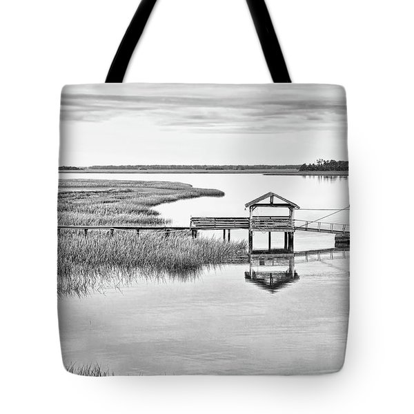 Chechessee Dock Tote Bag