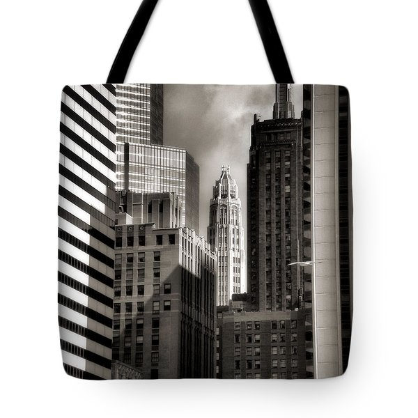 Chicago Architecture - 13 Tote Bag by Ely Arsha