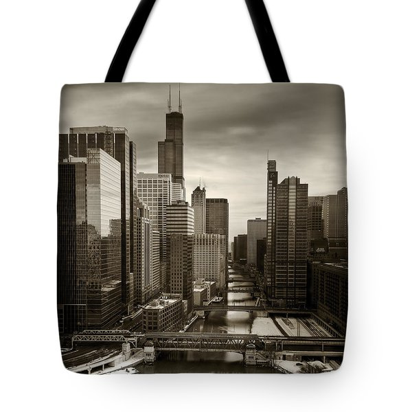 Chicago City View Afternoon B And W 16x20 Tote Bag