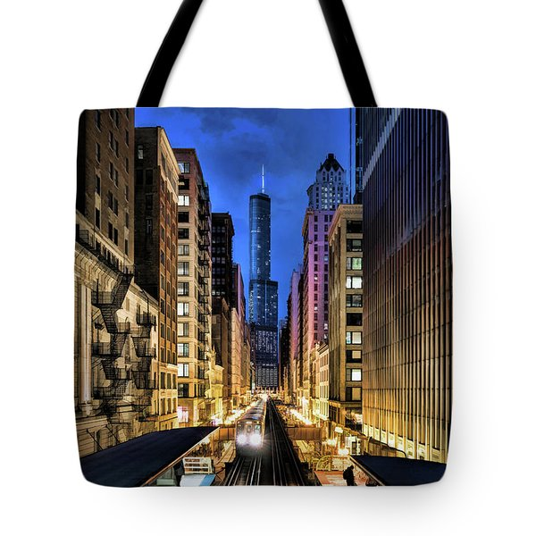 Chicago El Trump Tower Night Tote Bag