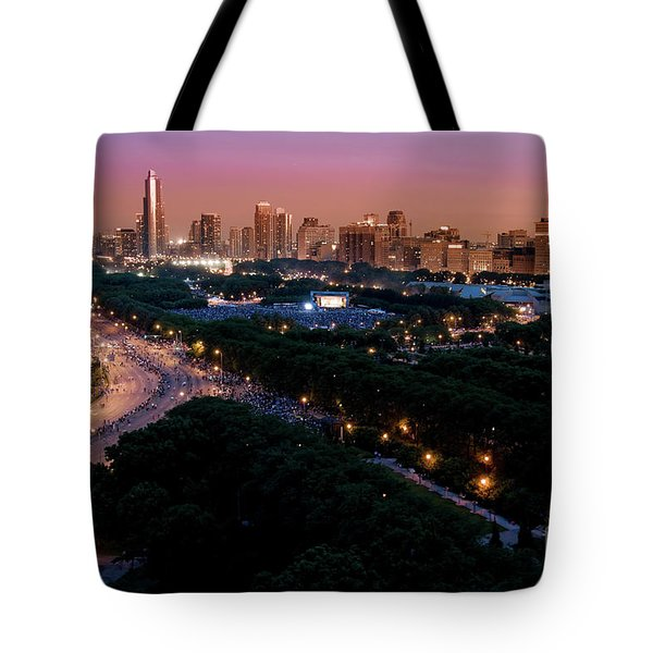 Chicago Independence Day At Night Tote Bag