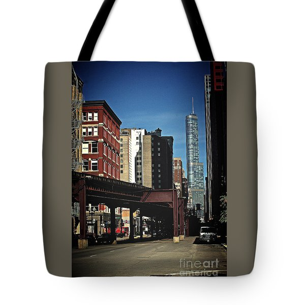 Chicago L Between The Walls Tote Bag