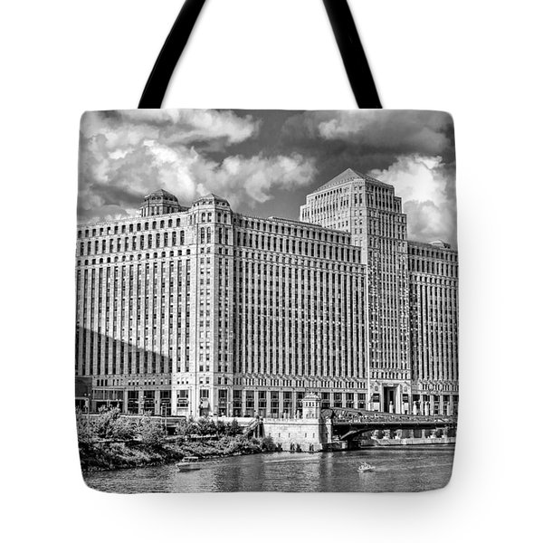 Tote Bag featuring the photograph Chicago Merchandise Mart Black And White by Christopher Arndt